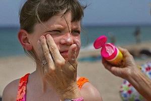 Sunscreen, Joe Raedle, Getty Images