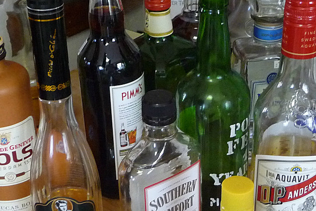how to find an approved manager of liquor licence