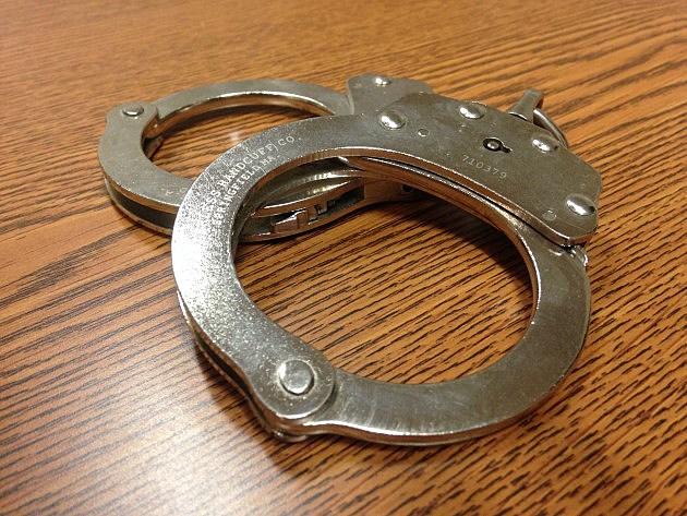 handcuffs1-e1484166188922