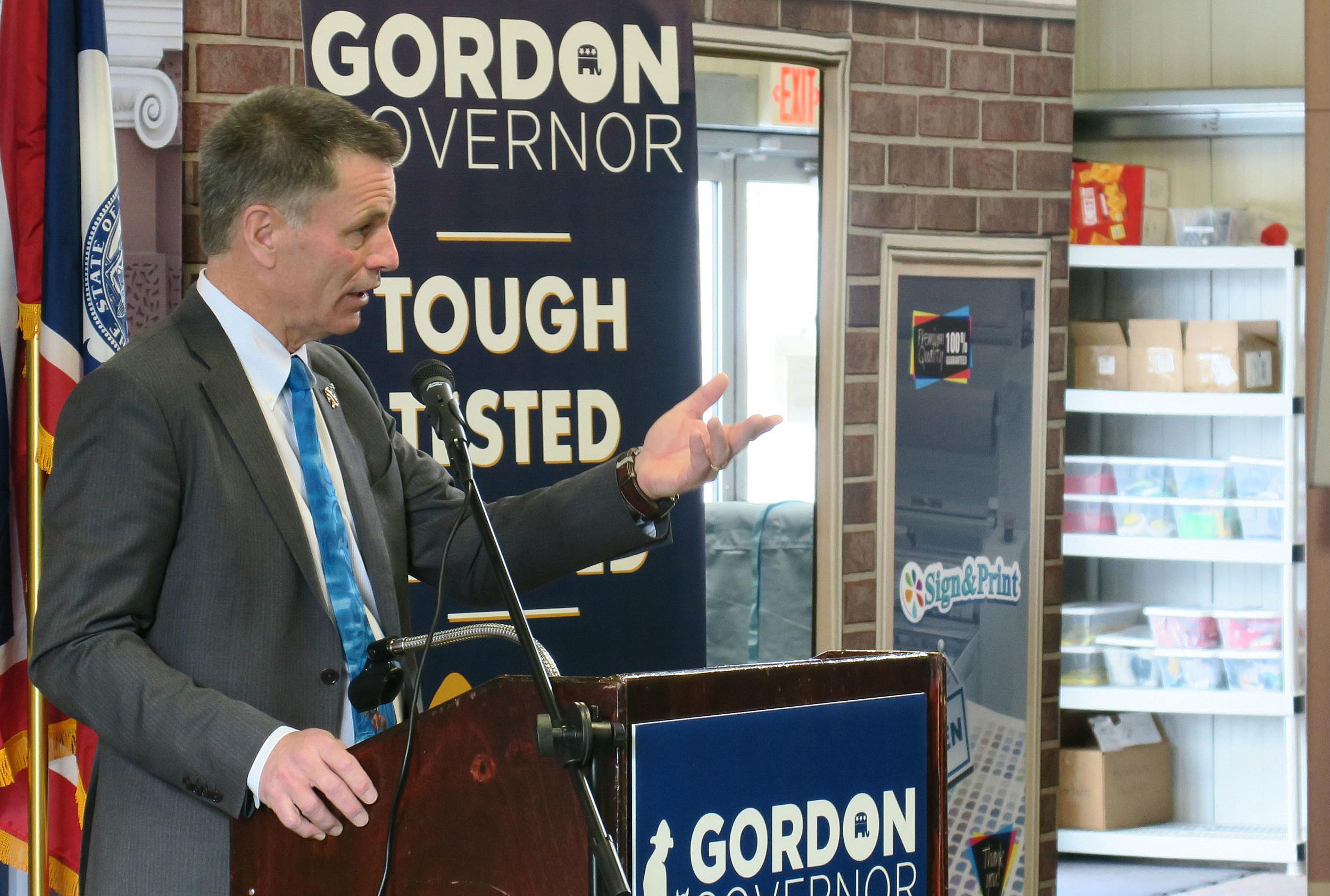 Wyoming Governor Announces Plan on Future Revenue Shortfalls