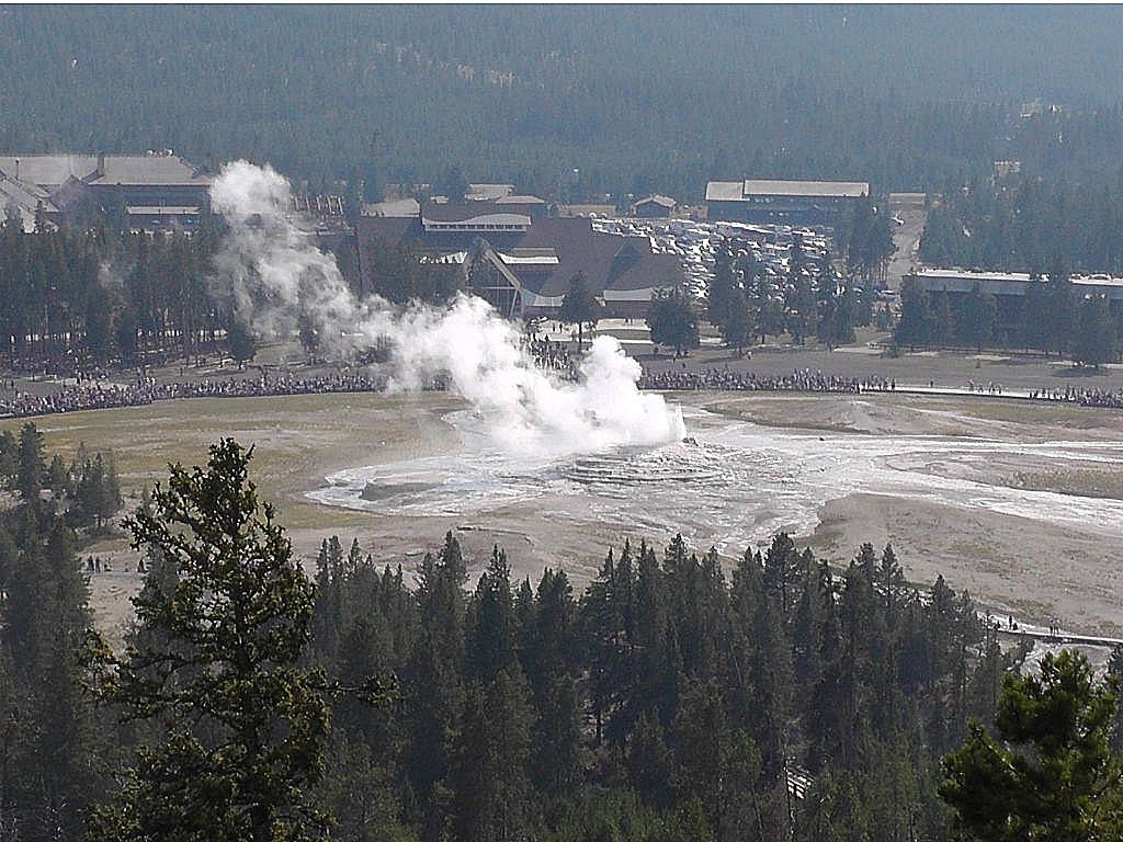 Yellowstone National Park Logs Second Busiest July | KGAB